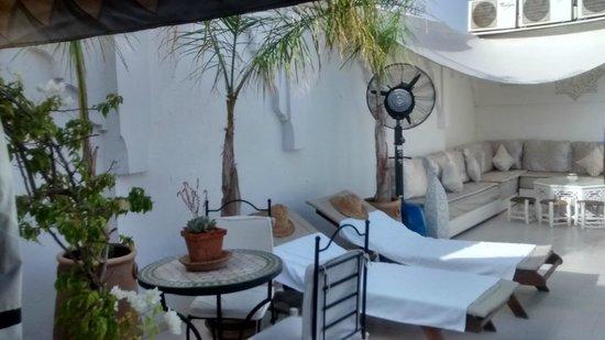 Riad Aguaviva: Terraza