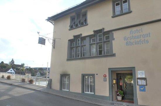 Rheinfels: Hotel entrance
