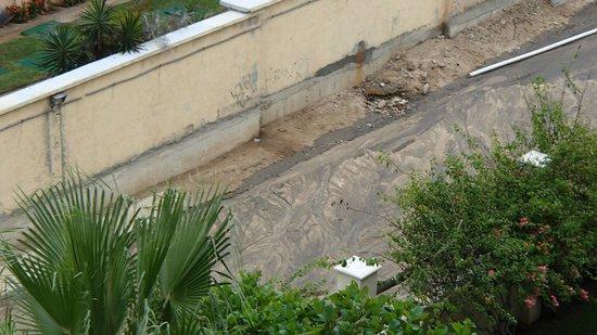 Barcelo Gran Faro Los Cabos: The Ditch