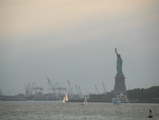 Staten Island Ferry : La statue de la Liberté depuis le ferry