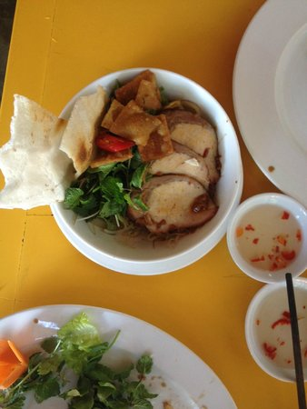 The Mermaid (Nhu Y) Restaurant: Noodles soup with herbs and pork