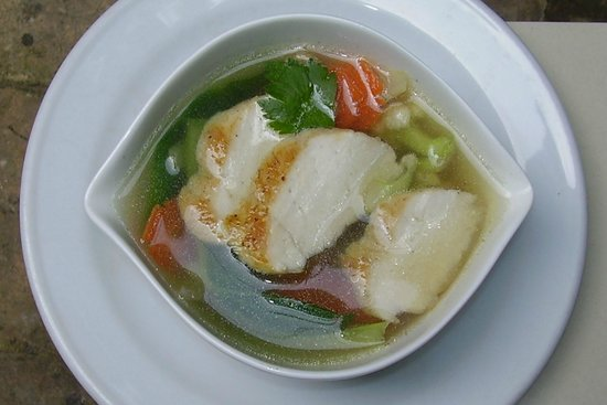 Green Garden Cafe: Clear Soup with Vegetables and Chicken