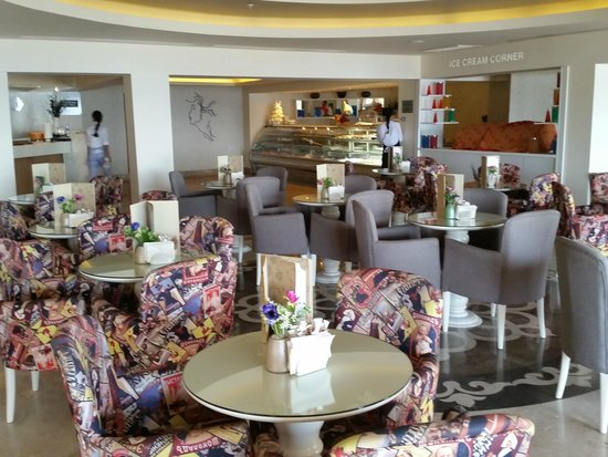 Voyage Torba : Patisserie & IceCream bar