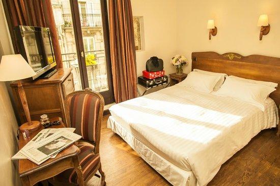 Hotel Europe Saint Severin : Chambre Double Supérieure avec Balcon