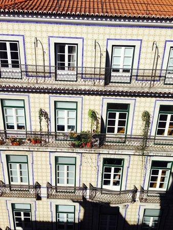 Hostel4U: Vista do quarto - Predios em frente