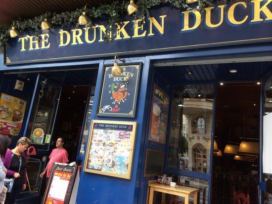 Hotel Bracos: The Drunken Duck