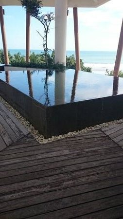 The Stones Hotel - Legian Bali, Autograph Collection: rooftop pool
