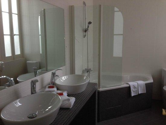 Hotel Bristol : Salle de bain