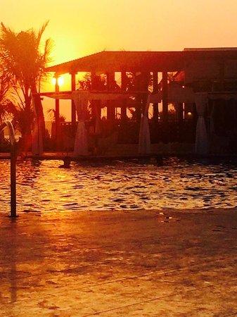 Waldorf Astoria Dubai Palm Jumeirah: Sunset view from it's private beach
