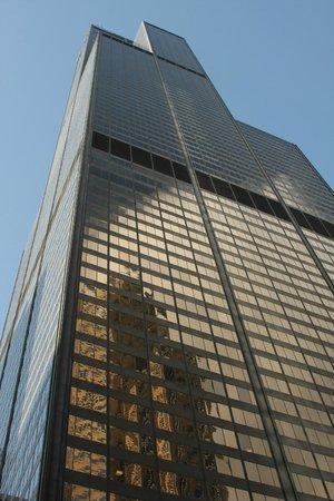 Skydeck Chicago - Willis Tower : Willis Tower