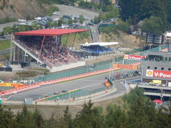 view from kemmel straights in wet picture of circuit de spa francorchamps francorchamps. Black Bedroom Furniture Sets. Home Design Ideas