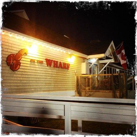 Lobster-On-The-Wharf Restaurant: Front