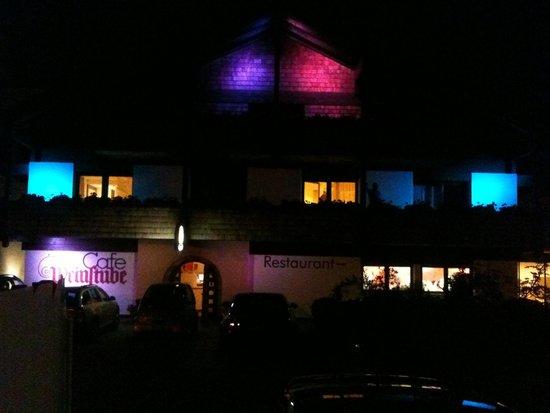 Garberhof Beauty & Wellness Resort: Vista notturna.
