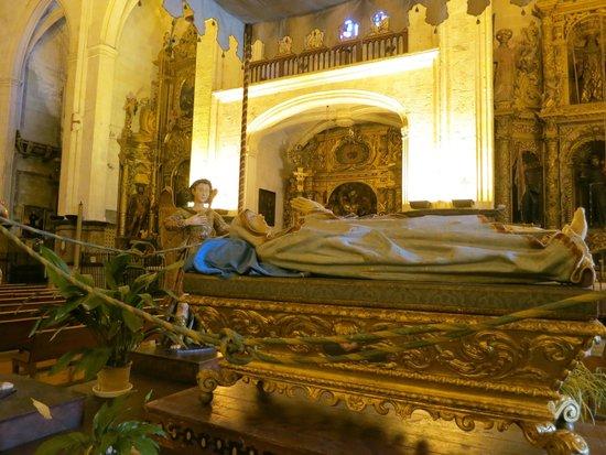 Basilica de Sant Francesc: Статуя Нашей леди Марии присутствует во всех испанских храмах
