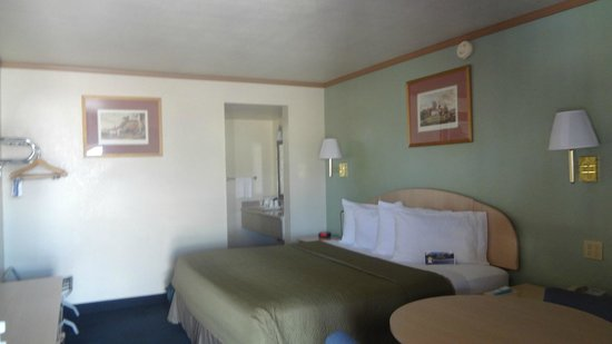 Travelodge Holbrook: exemple de chambre