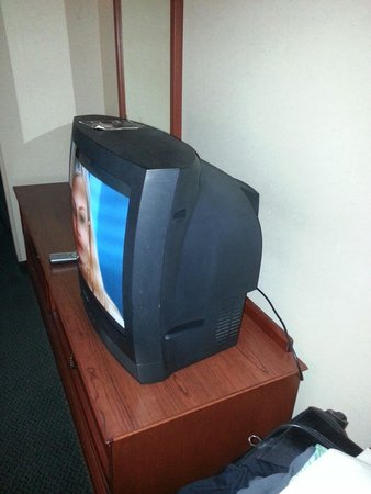 Motel 6 Dallas Northwest : Flat screen?