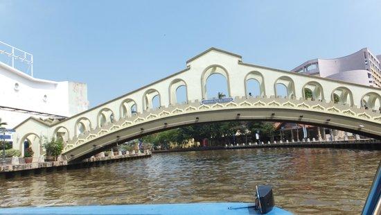 Malacca River: マラッカ川