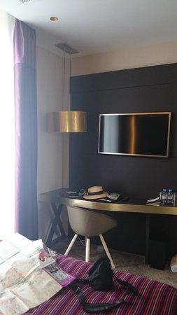 Grand Hotel La Cloche Dijon - MGallery Collection : Bedroom 2