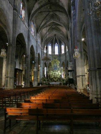 Santa Eulalia: Внутри