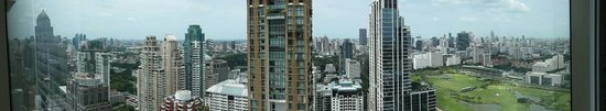 Grande Centre Point Hotel Ratchadamri: Panorama view from 45th floor