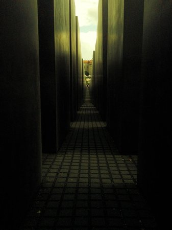 The Holocaust Memorial - Memorial to the Murdered Jews of Europe: interno Memoriale Olocausto