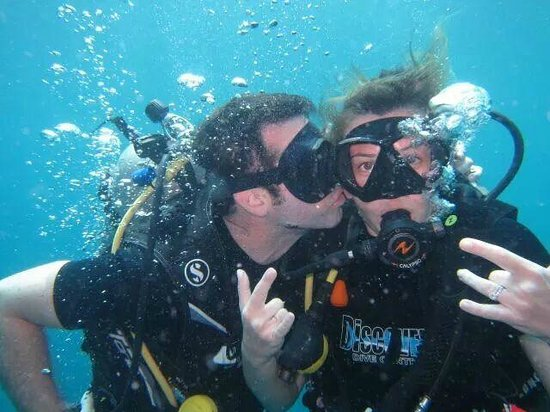 Discovery Dive Centre: Diving in Sail Rock Jul 2014