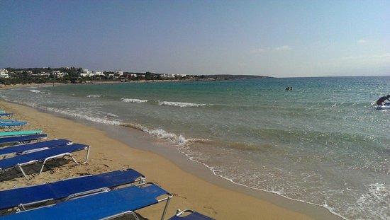 Surfing Beach Village: Spiaggia di Santa Maria