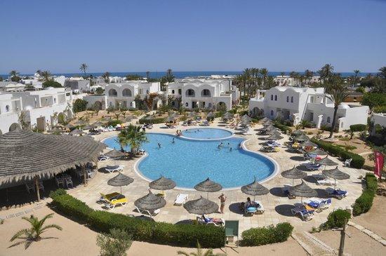 Playa Sidi Mehrez, Tunisia: La piscine d la résidence KARIM
