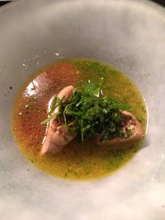 Herve Busset Le Moulin de Cambelong : Foie gras poché bouillon chabu-chabu