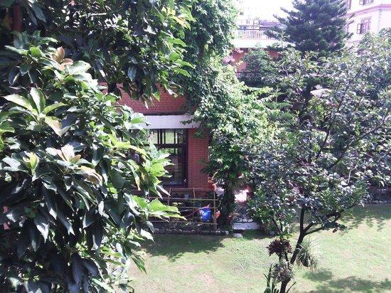 Shechen Guest House : Giardino