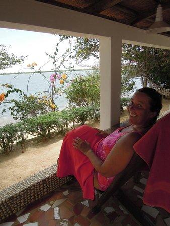 Le Bazouk Du Saloum: un baño en el lago y a la terracita de nuestra casa / habitación