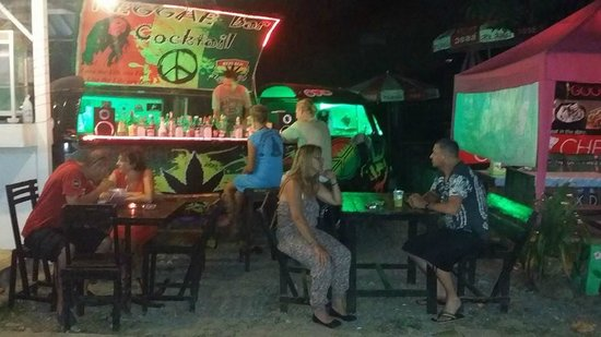 Riddim Shack, Bar and Grill: new bar