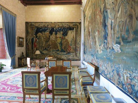 Palau de l'Almudaina: Вторая из обставленных комнат