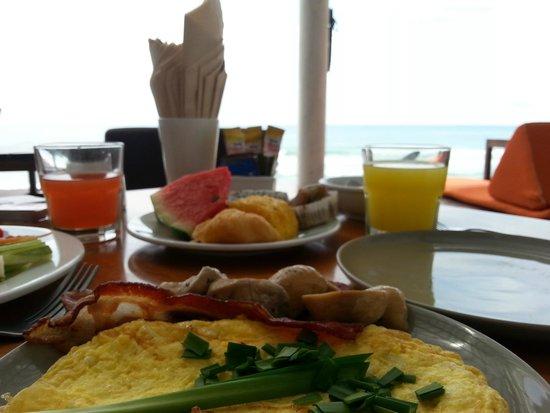 Baan Talay Resort : ארוחת בוקר