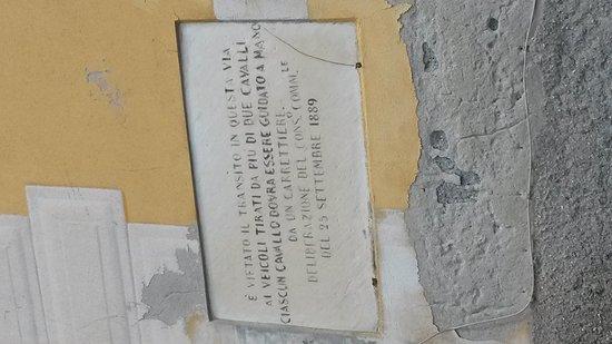 Passeggiata Anita Garibaldi a Nervi: Cartello stradale