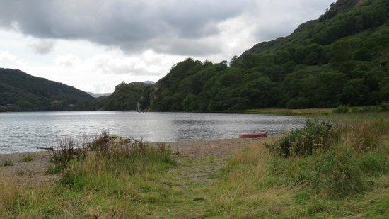 Llyn Gwynant Campsite: The Lake