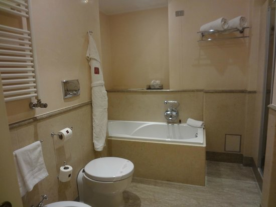 VOI Donna Camilla Savelli Hotel: ванна