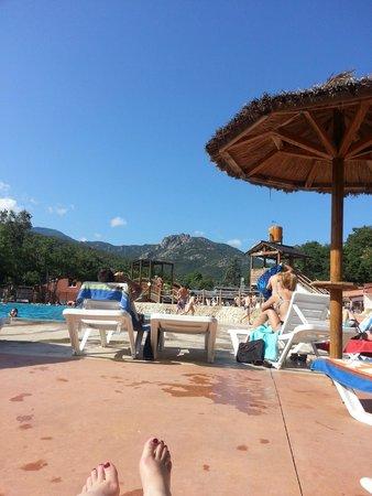 Camping Sunelia Le Bois Fleuri : Vue de la piscine