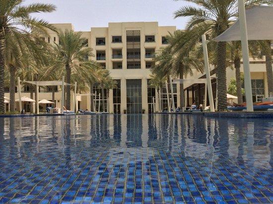 Park Hyatt Abu Dhabi Hotel & Villas: Pool area
