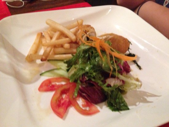 Tropical Seafood & Grill: Chicken Kiev.