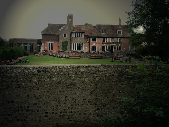 Deans Place, Country Hotel and Restaurant: Haunted House, Deans Place, Alfriston