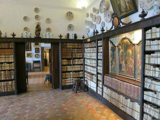 La Cartuja de Valldemossa : Внутри монастыря кельи настоятеля