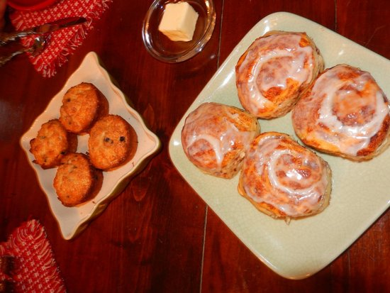 Pleasant View Farm Bed and Breakfast Inn: Fresh Baked Goods