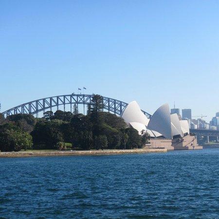 Casa de la Ópera de Sídney: Sydney Harbour Bridge.