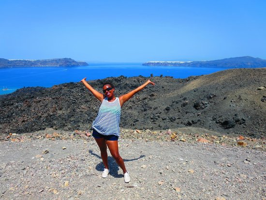 Santorini Volcano: Hiking the old volcano