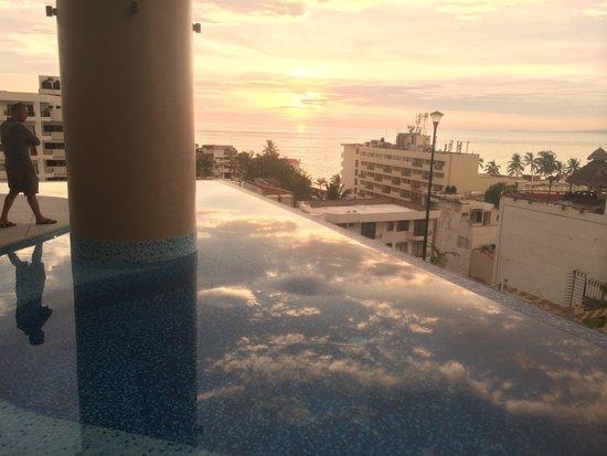 Resorts by Pinnacle 180: Gorgeous Sunset