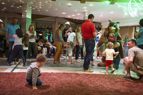 Falkensteiner Family Hotel Lido Ehrenburgerhof: Animazione bimbi.