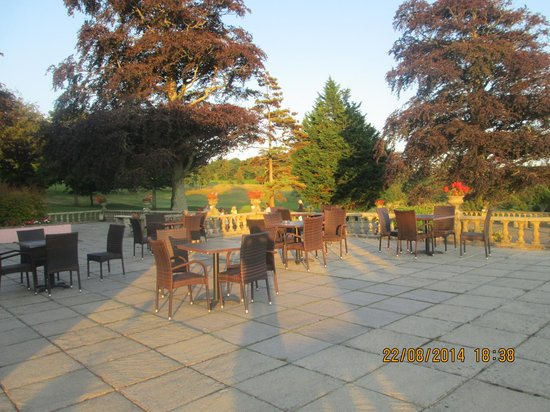 Elfordleigh Hotel : Terrace