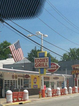 Eddie's Grill!!!