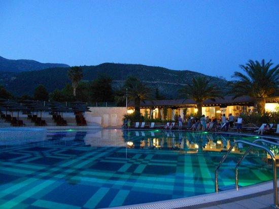 Hotel Slovenska Plaza: Бассейн